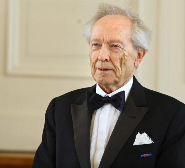 dr. Henrik Neubauer: Opereta v Sloveniji, zgodovinski pregled