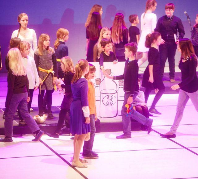 Zgoščenka Brundibar / Otroški pevski zbor Glasbene matice